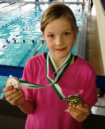 schwimmen wettkampf stelle 11
